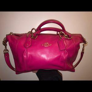 Pink Coach Purse. E1581 F33806